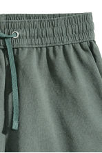 Sweatshirt shorts - Dark green - Ladies | H&M CN 3