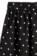 Patterned shorts - Black/Spotted - Ladies | H&M 3