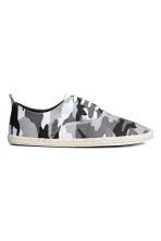 Espadrilles with lacing - Grey/Patterned - Men | H&M 1