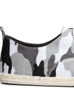 Espadrilles with lacing - Grey/Patterned - Men | H&M 4