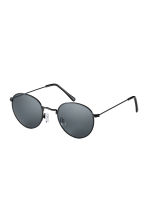 Sunglasses - Black - Men | H&M CN 1