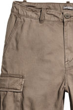 Cargo shorts - Dark mole - Men | H&M 2