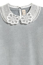 Fine-knit top with a collar - Grey - Ladies | H&M 4