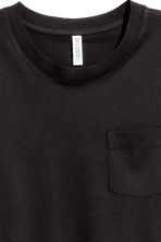 Cropped T-shirt - Black - Ladies | H&M 2