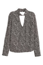 Crêpe blouse - Black/White/Patterned - Ladies | H&M 2