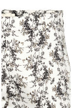 Cigarette trousers - White/Patterned - Ladies | H&M 3
