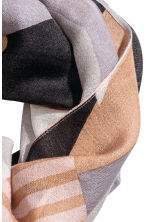 Airy tube scarf - Grey/Powder - Ladies | H&M 3