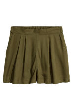 Wide shorts - Khaki green - Ladies | H&M GB 2