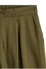 Wide shorts - Khaki green - Ladies | H&M GB 3