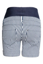 MAMA Twill shorts - Dark blue/Striped - Ladies | H&M 3