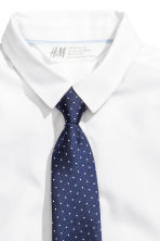 Shirt with tie/bow tie - White -  | H&M CN 3