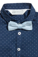 Shirt with tie/bow tie - Dark blue -  | H&M 3