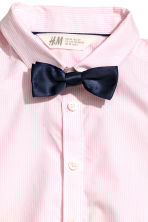 Shirt with tie/bow tie - Light pink - Kids | H&M 3