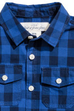 Short-sleeved cotton shirt - Cornflower blue/Checked -  | H&M 3
