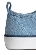 Canvas trainers - Blue/Chambray - Kids | H&M CN 3