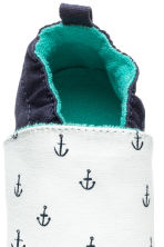 Soft slippers - White/Anchor - Kids | H&M 3