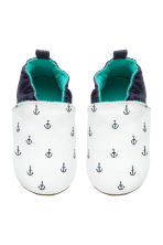 Soft slippers - White/Anchor - Kids | H&M 2