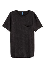 T-shirt with a chest pocket - Black/Neps - Men | H&M 2