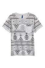 T-shirt with a chest pocket - Grey/Patterned - Men | H&M 2