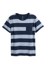 T-shirt con taschino - Blu scuro/righe - UOMO | H&M IT 2