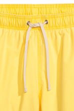 Short swim shorts - Yellow - Men | H&M 3