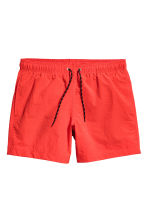 Short swim shorts - Red - Men | H&M CN 2