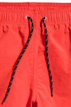 Short swim shorts - Red - Men | H&M 4