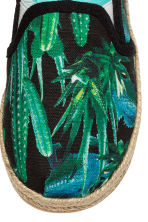 Slip-on espadrilles - Black/Cactus - Kids | H&M 4