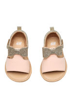 Appliquéd sandals - Powder pink/Gold - Kids | H&M 1