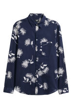 Cotton shirt Regular fit - Dark blue/Floral - Men | H&M 2