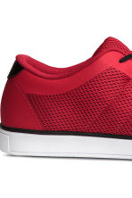 Mesh trainers - Red - Men | H&M CN 4