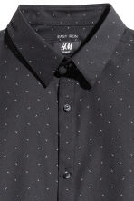 Easy-iron shirt Slim fit - Black/Patterned - Men | H&M IE 2