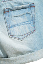 Denim shorts with braces - Light denim blue -  | H&M CA 3