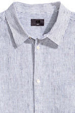 Linen shirt Relaxed fit - White/Blue striped - Men | H&M 3
