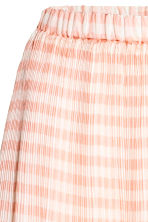 Pleated chiffon skirt - Powder pink/Checked - Ladies | H&M 3