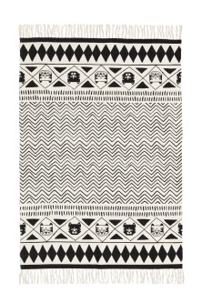 Fringed cotton rug