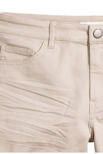 Twill shorts - Light mole - Ladies | H&M CN 3