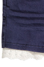 Twill shorts with lace - Dark blue -  | H&M CN 3
