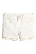 Twill shorts with lace - White - Kids | H&M CN 2