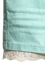 Twill shorts with lace - Mint -  | H&M CA 3