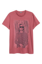 T-shirt with a print motif - Pale red/Kurt Cobain - Men | H&M 2
