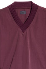 Pull-on V-neck shirt - Burgundy - Men | H&M 3
