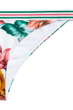 Bikini bottoms - White/Floral - Ladies | H&M 3