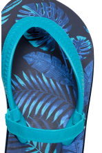 Flip-flops - Dark blue/Leaf - Kids | H&M CN 4