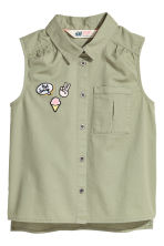Sleeveless blouse - Light khaki green - Kids | H&M 2