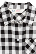 Tie-front blouse - Black/White/Checked - Kids | H&M 3