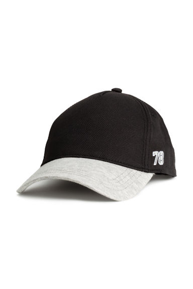 Cotton cap with embroidery - Black -  | H&M 1