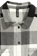 Cotton shirt - Black/White/Checked - Ladies | H&M CA 3