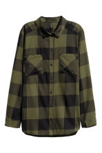 Cotton shirt - Khaki green/Checked - Ladies | H&M CN 2