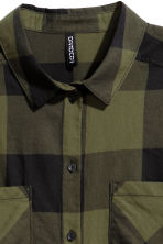 Cotton shirt - Khaki green/Checked - Ladies | H&M CN 3